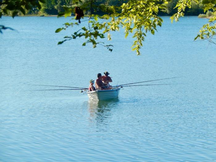 Lac réputé pour la pêche